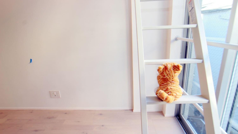 お猫様に貢ぐロフト&窓★feelCnB_07号室