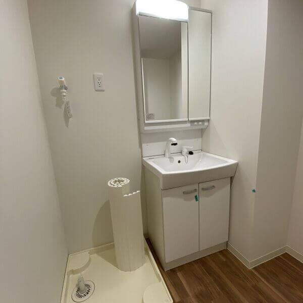 室内洗濯機置き場と洗髪化粧台(^^)