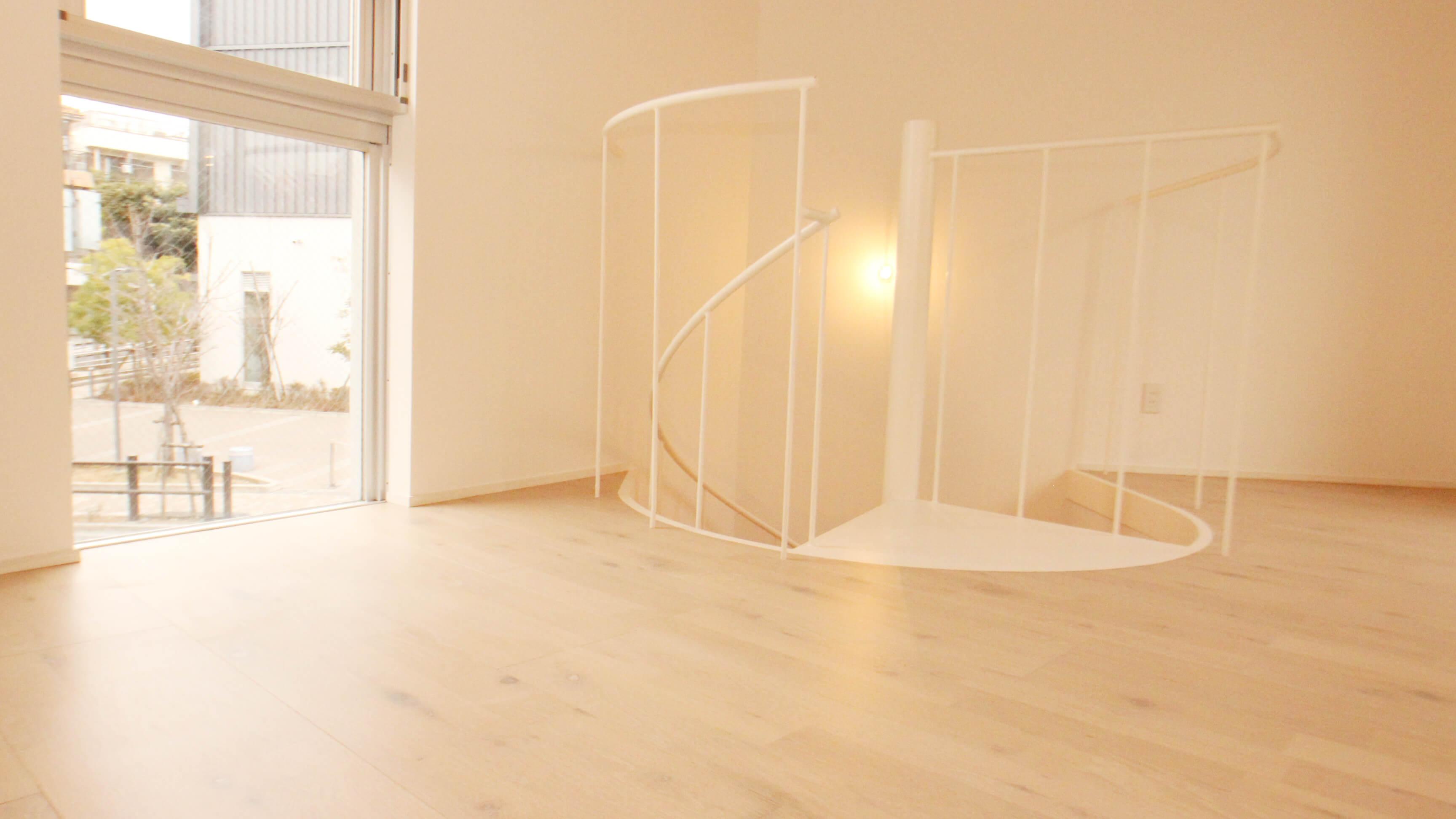 ★feel CnB★こちらは螺旋階段付き!成増駅5分・猫と暮らすデザイナーズマンション