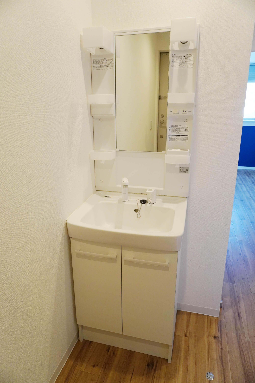 このお家賃でしっかりした独立洗面台!これは嬉しい。